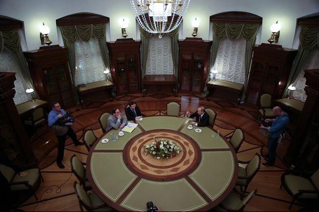 Oliver Stone a filmé vingt heures d'un entretien exceptionnel avec Vladmir Poutine.