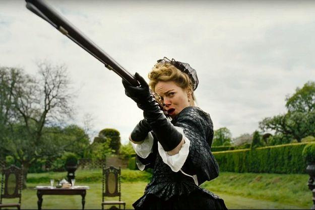 Emma Stone dans « La favorite », de Yorgos Lanthimos.