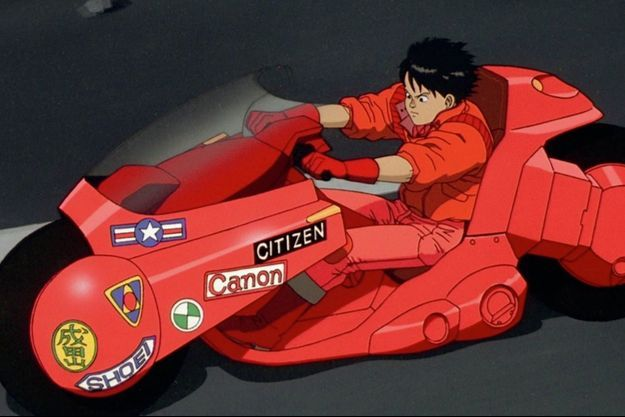 Tetsuo à moto dans «Akira» de Katsuhiro Otomo.