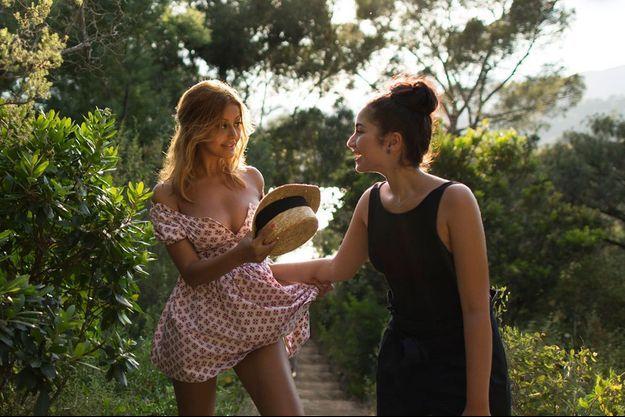 """Zahia Dehar et Mina Farid dans """"Une fille facile"""" de Rebecca Zlotowski."""