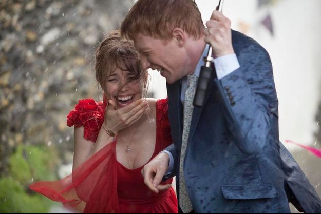 Un petit coin de parapluie pour Rachel McAdams et Domhnall Gleeson