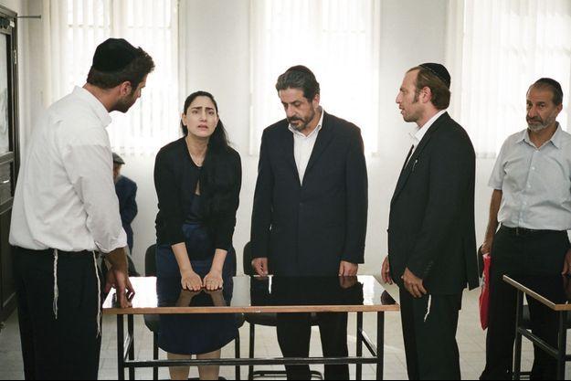 """""""Le procès de Viviane Amsalem"""", De Ronit et Shlomi Elkabetz Avec Ronit Elkabetz, Simon Abkarian, Sasson Gabai, Menashe Noy…"""