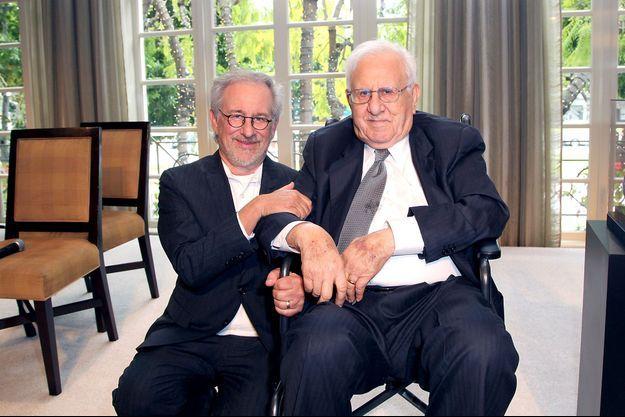 Steven et Arnold Spielberg en 2012