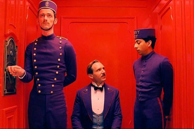 """The Grand Budapest Hotel"" de Wes Anderson, avec Ralph Fiennes, Tony Revolori, Adrien Brody, Tilda Swinton, Mathieu Amalric, Willem Dafoe"