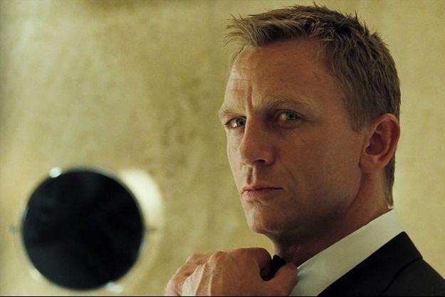 Daniel Craig sera à nouveau James Bond.
