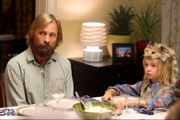 "Viggo Mortensen et Shree Crooks dans ""Captain Fantastic"""