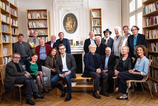 Les écrivains ont été réunis à la Maison des écrivains et de la littérature, autrefois celle des frères Goncourt.