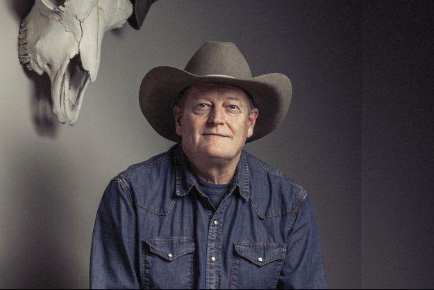 Craig Johnson sur la piste des dinosaures