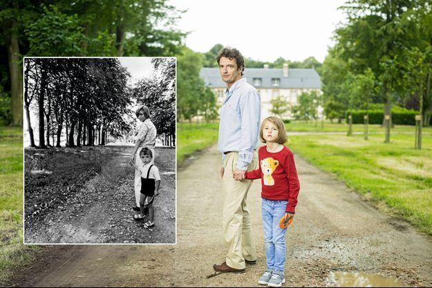 Devant le manoir du Breuil, Denis et sa fille, Joyce, 7 ans, dans un remake de la scène qu'il jouait avec sa mère, Françoise Sagan.
