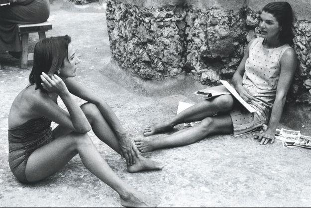Lee Radziwill et Jackie Kennedy en Italie, en 1962.