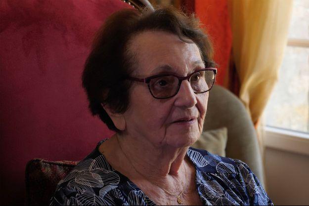 La grand-mère maternelle de Yann Moix.