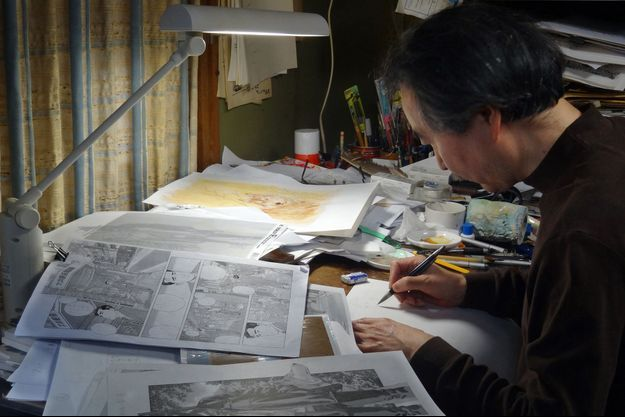 Jiro Taniguchi dans son atelier à Tokyo en 2012.