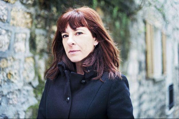 """Marie Neuser publie son livre """"Prendre Lily""""."""