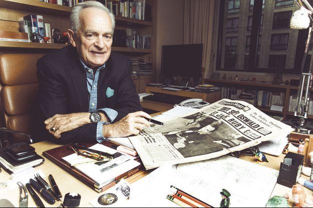 Philippe Labro, dans son bureau.