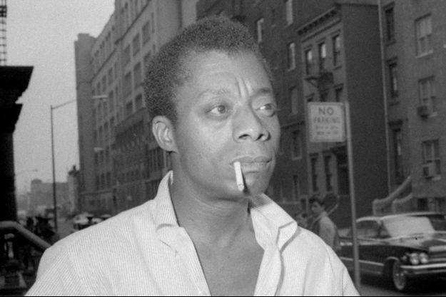 James Baldwin, à Harlem, en 1963.