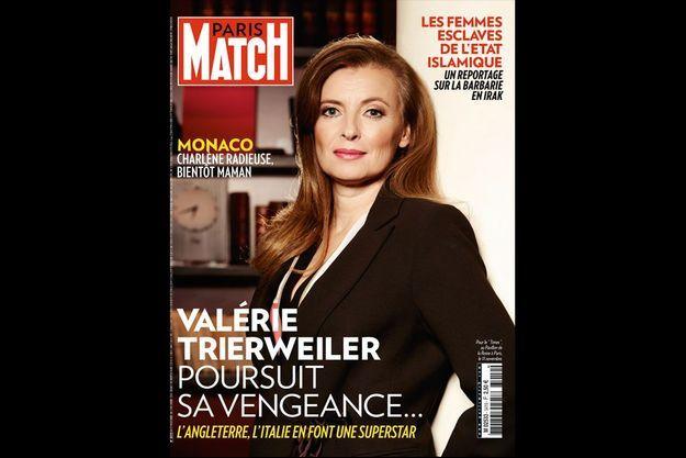 Prête pour en découdre… A l'hôtel « Le Pavillon de la reine », à Paris, où, mardi 11 novembre, Valérie donne ses interviews aux médias anglais.