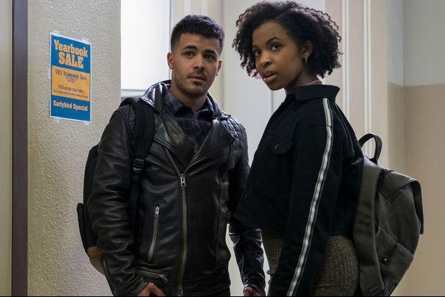 """Christian Navarro et Grace Saif dans la saison 3 de """"13 Reasons Why""""."""