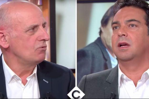 """Jean-Michel Aphatie et Patrick Cohen sur le plateau de """"C à vous"""" jeudi."""