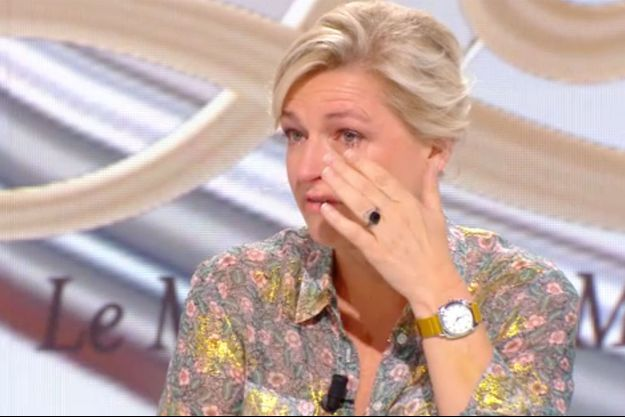 "Anne-Élisabeth Lemoine dans ""Le Tube"" samedi."