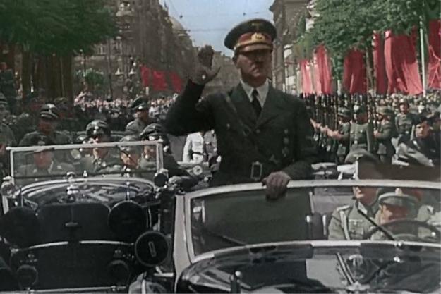 """""""Apocalypse, l'année 40 : Hitler attaque à l'Ouest"""""""