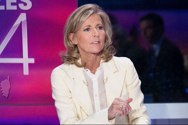 Claire Chazal sur le plateau du journal télévisé de TF1 lors des élections municipales de 2014.