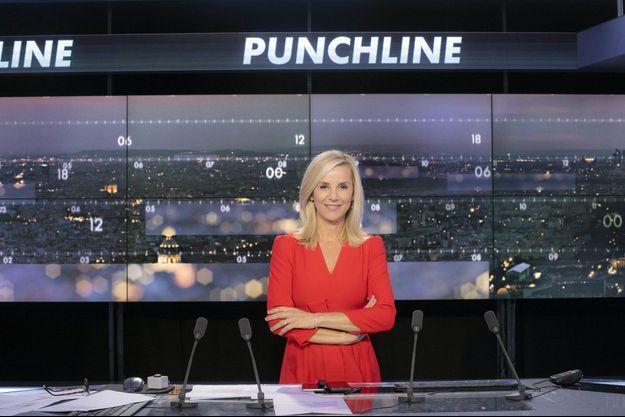 """Laurence Ferrari sur le plateau de """"Punchline""""."""
