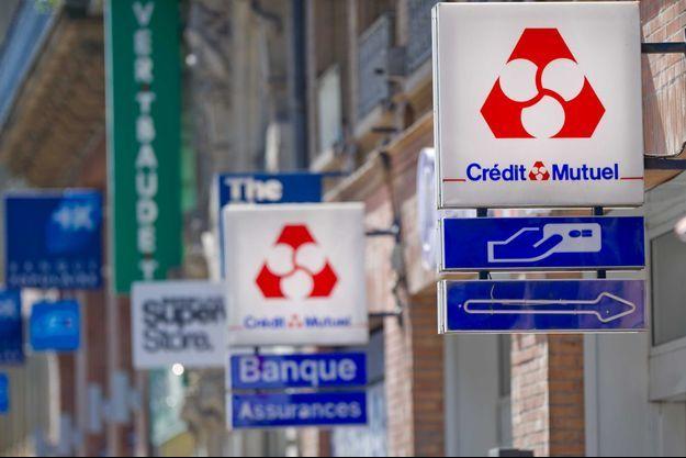 Une banque Crédit Mutuel de Toulouse (Image d'illustration).