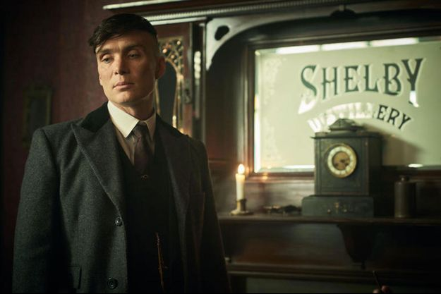 "Cillian Murphy, Thomas Shelby dans ""Peaky Blinders""."