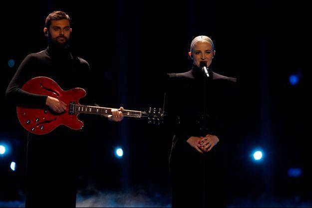 Le duo Madame Monsieur lors de la finale de l'Eurovision.