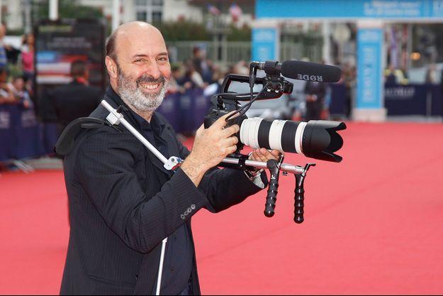 Cédric Klapisch, réalisateur, scénariste et producteur de cinéma français, a fait une série pour France 2