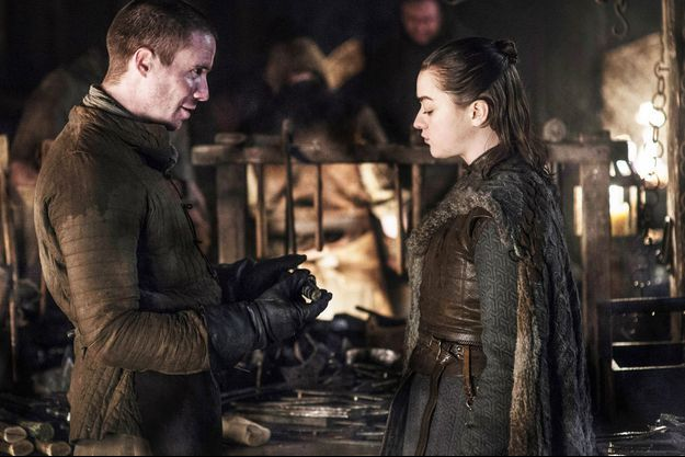 Joe Dempsie (Gendry) et Maisie Williams (Arya Stark).