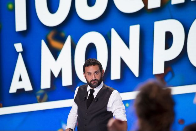 """Cyril Hanouna sur le plateau de """"Touche pas à mon poste""""."""
