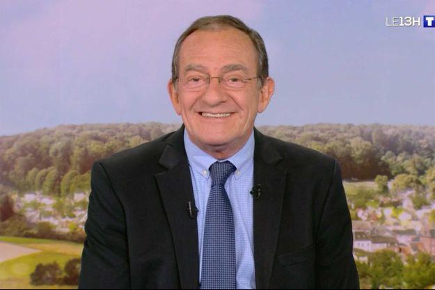 Jean-Pierre Pernaut a repris les rênes du JT de TF1 lundi 8 mai.
