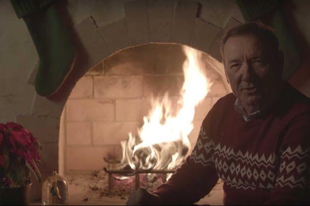 Kevin Spacey dans sa vidéo de Noël.