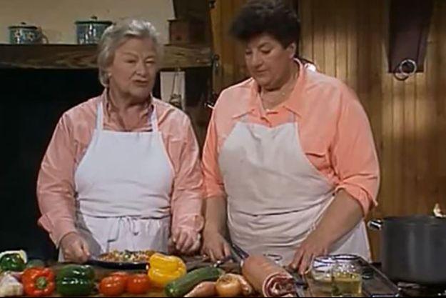 """Micheline Banzet et Maïté dans """"La Cuisine des Mousquetaires""""."""