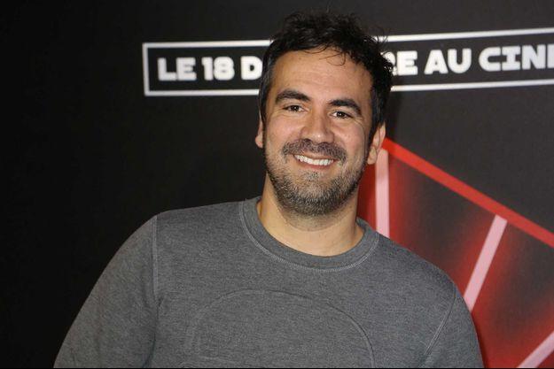 """Alex Goude présente """"La Maison Lumni, l'émission""""."""