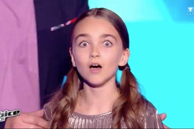 """Angelina à l'annonce de sa victoire dans """"The Voice Kids""""."""