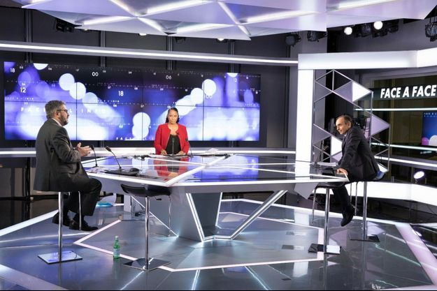 """Le plateau de """"Face à l'info"""" de CNews (image d'illustration)."""