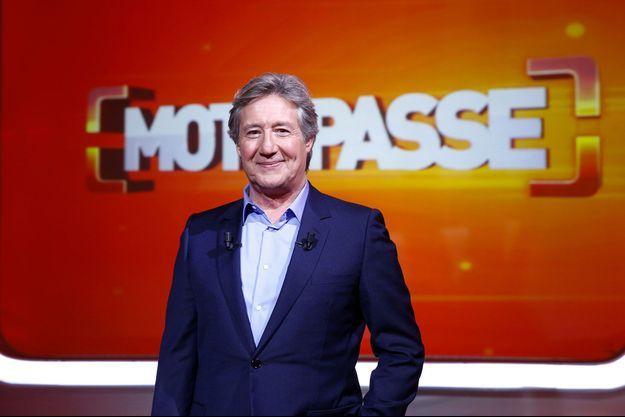 """Patrick Sabatier présentait """"Mot de passe"""" depuis 2009."""