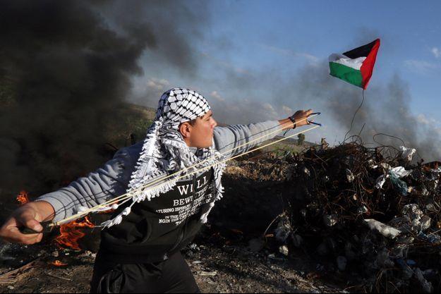 Le photographe Mahmud Hams a été primé son travail photographique à la frontière entre Gaza et Israël.