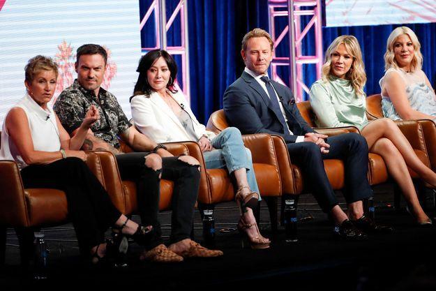 "Gabrielle Carteris, Brian Austin Green, Shannen Doherty, Ian Ziering, Jennie Garth et Tori Spelling à ""Beverly Hills"", le 7 août dernier."