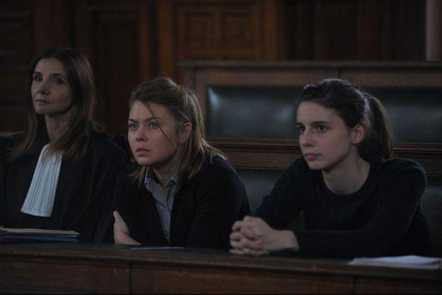 Gisèle Halimi (Clotilde Courau), Nicole (Camille Sansterre) et Malia (Bérangère McNeese).