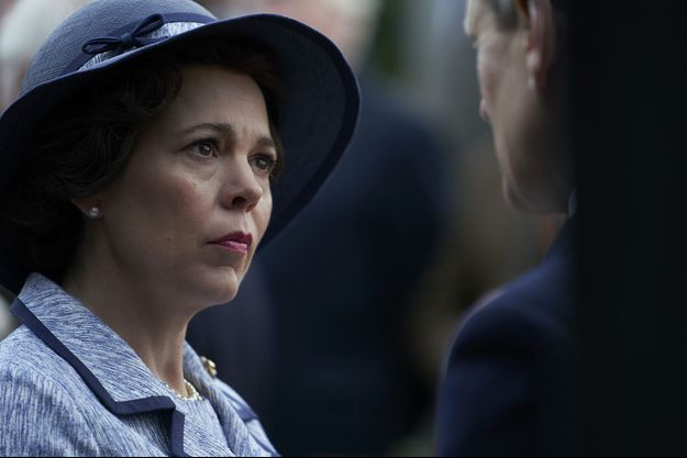 """Olivia Colman dans le rôle d'Elizabeth II dans """"The Crown""""."""