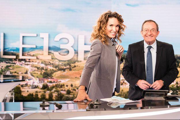 Marie-Sophie Lacarrau, qui, jusque-là, animait l'édition concurrente sur France 2, est prête à prendre la relève.