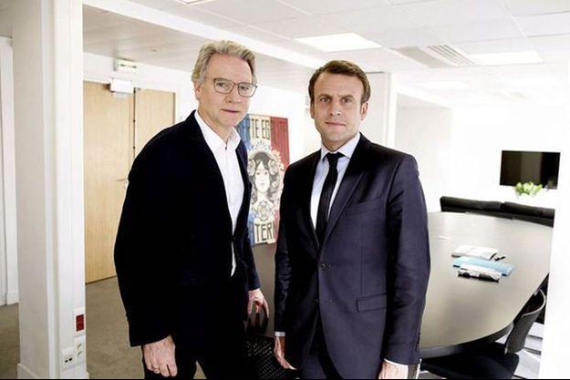 Olivier Royant et Emmanuel Macron, le 29 avril 2017. Paris Match avait rencontré les deux finalistes de l'élection présidentielle à quelques jours du second tour.