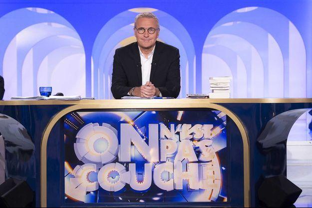 """Laurent Ruquier sur le plateau d'""""On n'est pas couché"""" en 2019."""