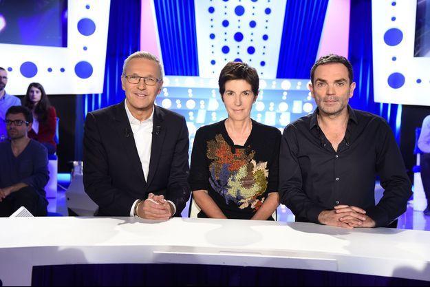 """Laurent Ruquier, Christine Angot et Yann Moix sur le plateau d'""""On n'est pas couché""""."""