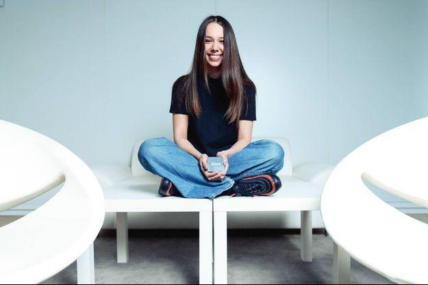 """""""Plan B"""" : Kim Higelin retourne vers le futur"""