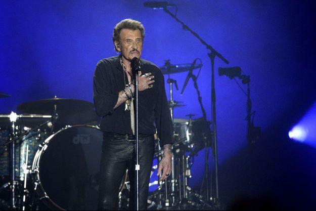 Johnny Hallyday en concert au Vélodrome à Arcachon, en juillet 2016.