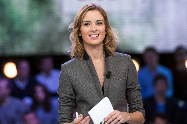 """Isabelle Ithurburu est la nouvelle présentatrice du """"Tube""""."""